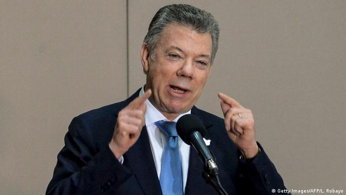 Kolumbien Präsident Juan Manuel Santos - zum Friedensabkommen zwischen Regierung und FARC (Getty Images/AFP/L. Robayo)