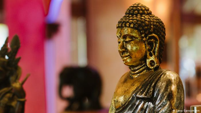 Buddha at Suriya Kanthi in Berlin (Photo: Lena Ganssmann)