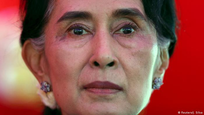 FILE PHOTO: Myanmar's National League for Democracy Party leader Aung San Suu Kyi speaks during a news conference in Yangon