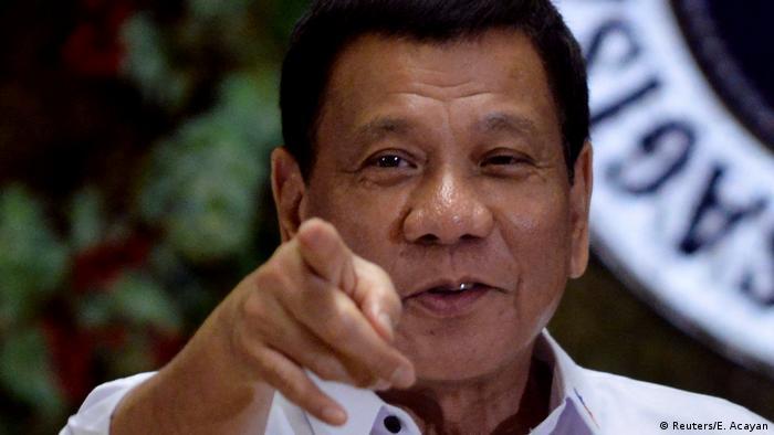 Philippinen Rodrigo Duterte Rede in Manila (Reuters/E. Acayan)