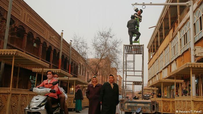 China Xinjiang Uiguren (Reuters/T. Peter)
