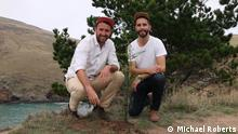 Trump Forest Initiative Gründer Dan Price und Adrien Taylor