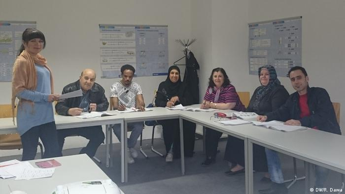 Elderly refugees face challenges in German language courses