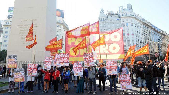 Argentinien Generalstreik (picture-alliance/abaca/AA/M. Sanchez)