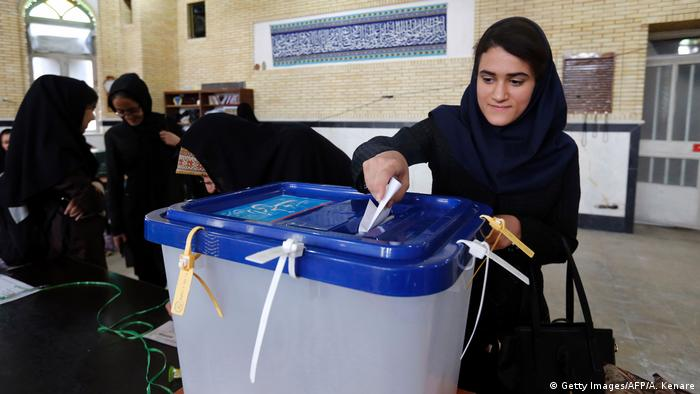 Iran Wahl (Getty Images/AFP/A. Kenare)