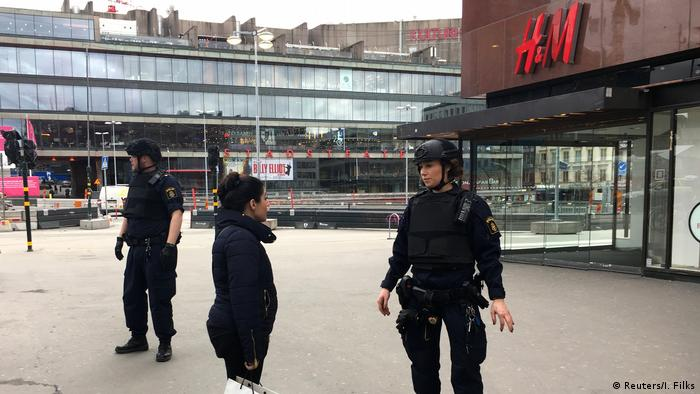 Schweden Stockholm LKW fährt in Menschenmenge (Reuters/I. Filks)