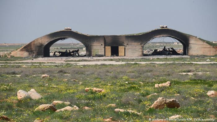 Syrien Luftwaffenstützpunkt Shairat nach US-Angriff