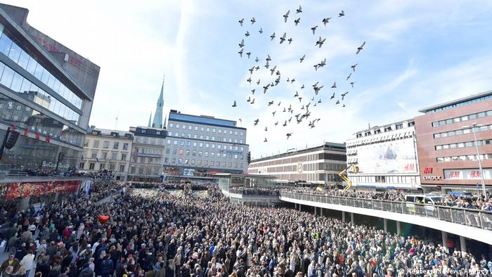 Stockholm truck attack: Uzbek suspect confesses to committing 'terror crime'