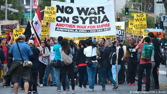 USA Proteste gegen den Syrien-Krieg in Los Angeles (Getty Images/AFP/F. J. Brown)