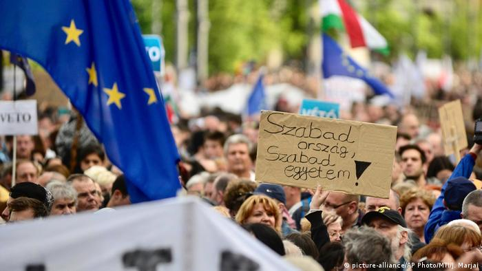 Tens of thousands of Hungarians protest against Orban landslide victory
