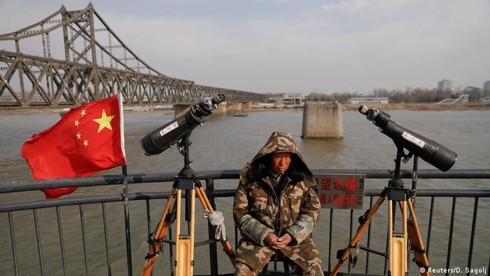 Border of China and North Korea at Dandong (Reuters/D. Sagolj)