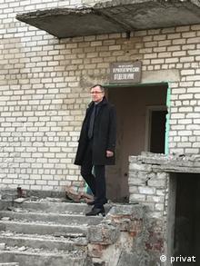 Доповідач ПАРЄ Егідіус Варейкіс під час поїздки на Донбас