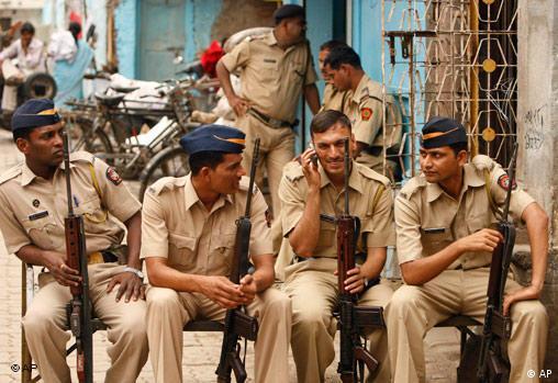 در حملات تروریستی بمبئی، دولت هند اسلامگریان پاکستانی را مقصر خواند