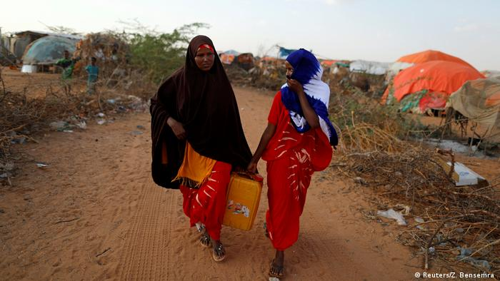 The Wider Image: A daughter's freedom weighed against her siblings' lives (Reuters/Z. Bensemra )