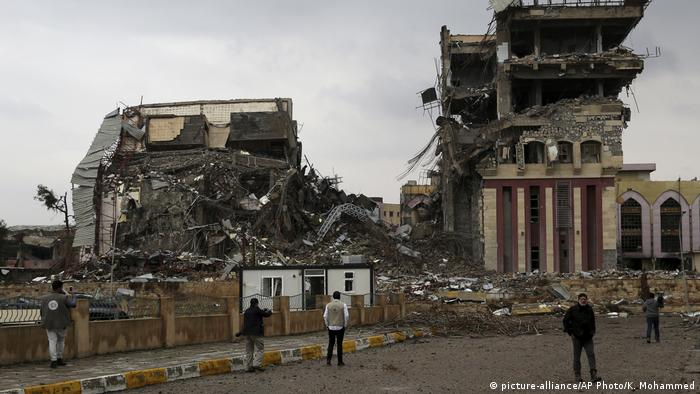 Irak Zerstörte Universität in Mossul (picture-alliance/AP Photo/K. Mohammed)