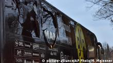Explosion am BVB Bus (picture-alliance/AP Photo/M. Meissner)