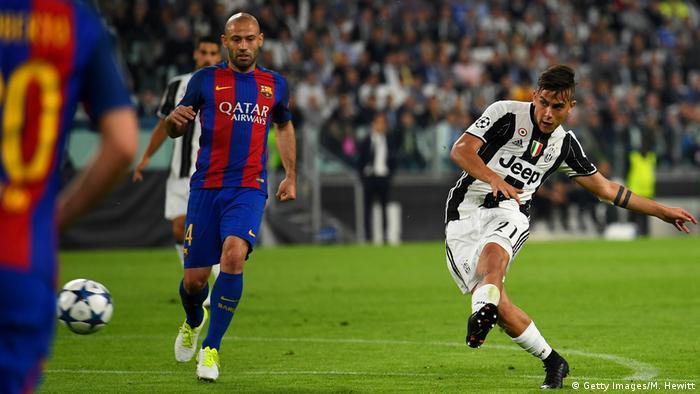 UEFA Champions League Juventus v FC Barcelona Dybala Tor