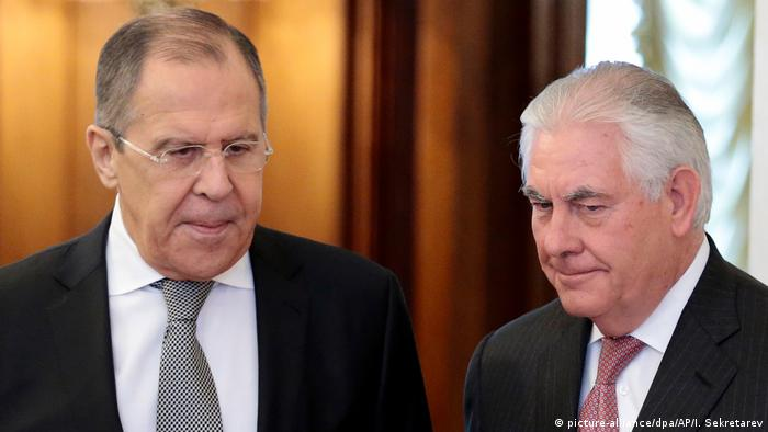 USA Russland Tillerson Bei Lawrow in Moskau (picture-alliance/dpa/AP/I. Sekretarev)
