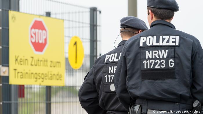 Sicherheit in Dortmund nach der Explosion am BVB-Bus (picture alliance/dpa/G. Kirchner)
