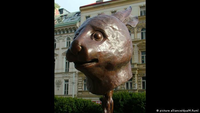 Ai Weiwei: conejo del zodíaco