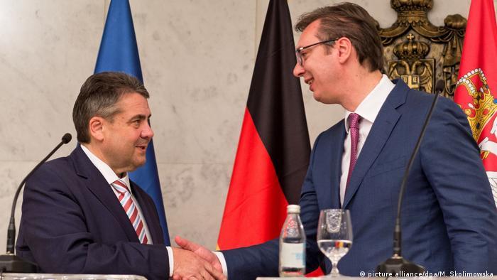 Serbien Außenminister Gabriel in Belgrad | Aleksandar Vucic (picture alliance/dpa/M. Skolimowska)
