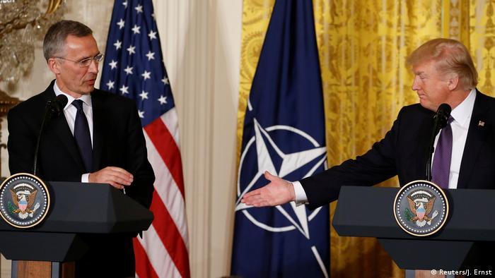 Me quejé sobre ello hace tiempo. Dije que era obsoleta. Ya no es obsoleta, dijo Trump en rueda de prensa conjunta en la Casa Blanca con el secretario general de la OTAN, Jens Stoltenberg. El mandatario estadounidense señaló que el encuentro había sido productivo y que la OTAN había accedido a hacer más en la lucha contra el terrorismo. 12.04.2017