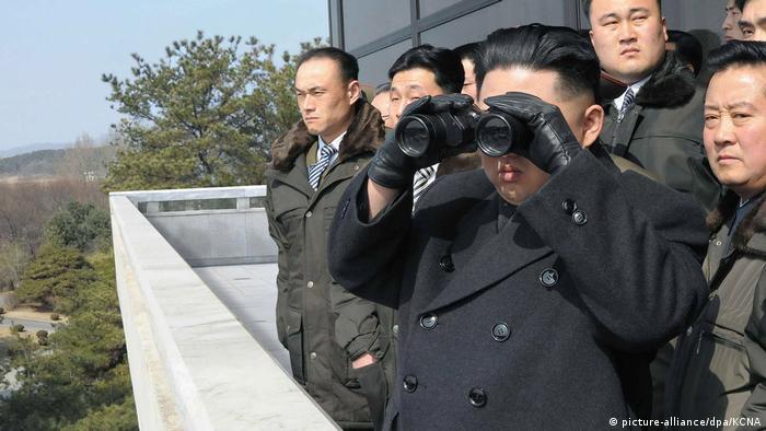 """Após teste de míssil, Coreia do Norte promete """"presente"""" maior"""
