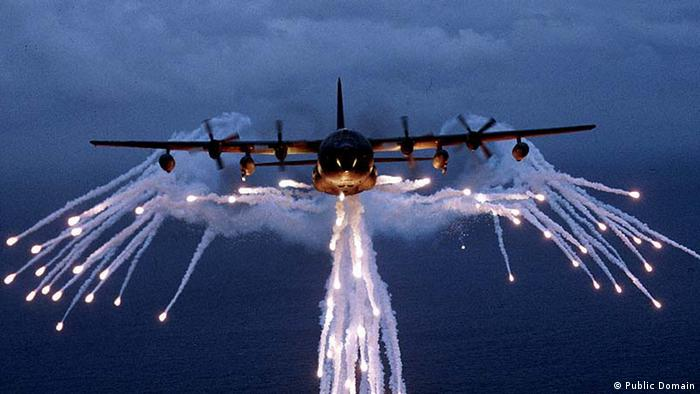 Lockheed MC-130 (Public Domain)