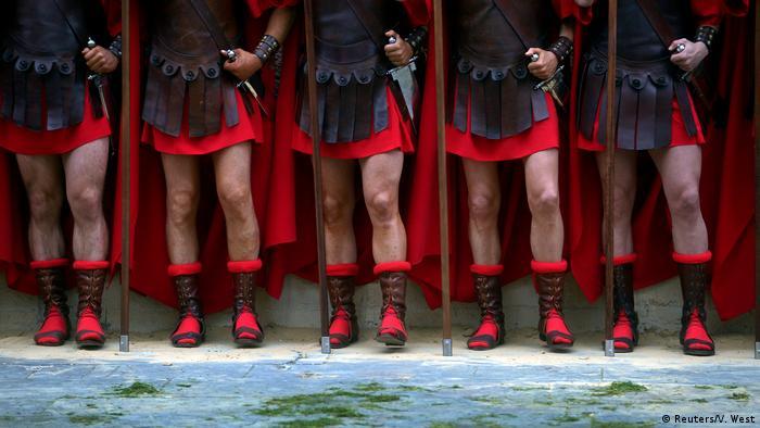 Spanien Römerkostüme (Reuters/V. West)