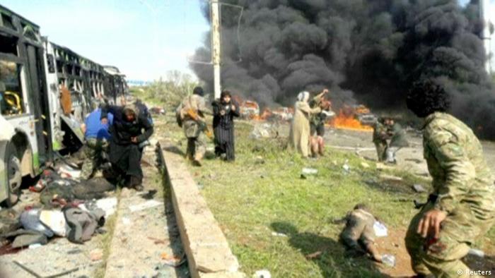 Mindestens 16 Tote bei Bombenanschlag auf Busse in Syrien (Reuters)