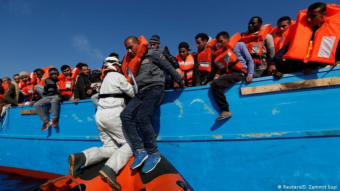 Mittelmeer Küste Libyen Rettungsaktion Flüchtlinge (Reuters/D. Zammit Lupi)