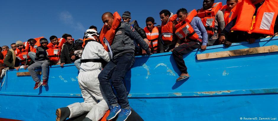 «Θα συνεχιστεί» το ρεύμα προσφύγων στη Μεσόγειο