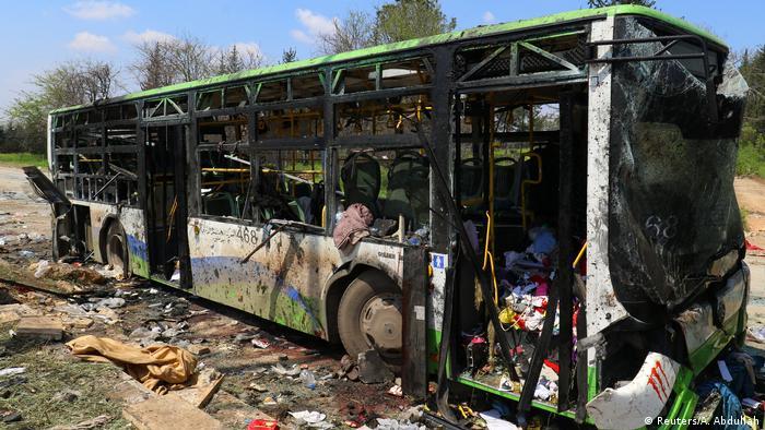 Syrien am tag nach dem Anschlag auf die Busse in Rashidin bei Aleppo (Reuters/A. Abdullah)