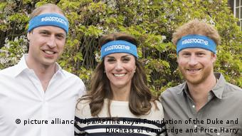 UK | «Heads Together»-Kampagne der britischenRoyals (picture alliance /dpa/AP/The Royal Foundation of the Duke and Duchess of Cambridge and Price Harry)