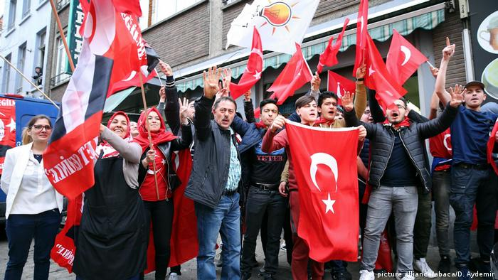 Turkish expats living in Europe approve Erdogan power grab | Europe