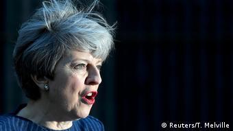 Ξάφνιασε η Τ. Μέι με την προκήρυξη πρόωρων εκλογών στις 8 Ιουνίου (Reuters/T. Melville)