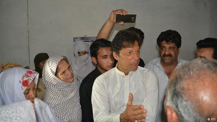 Pakistan Imran Khan is visiting Mashal Khan home (PTI)