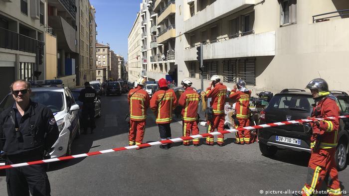 Frankreich Verhaftung von Terror-Verdächtigen in Marseille (picture-alliance/AP Photo/C. Paris)