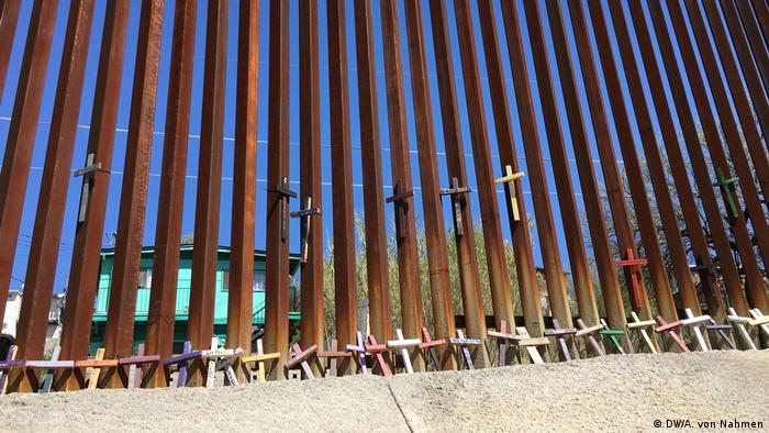 Granična ograda između Meksika i SAD-a | Grenzzaun (DW/A. von Nahmen)