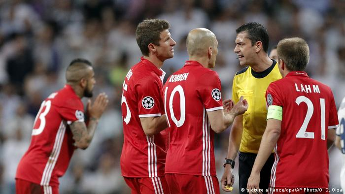 Champions League Real Madrid vs FC Bayern Munich(picture alliance/dpa/AP Photo/O. D. Olza)