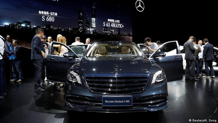 China Auto Shanghai 2017 Mercedes-Maybach S 680 (Reuters/A. Song)