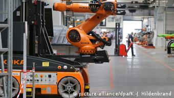 Промышленные роботы на заводе Kuka