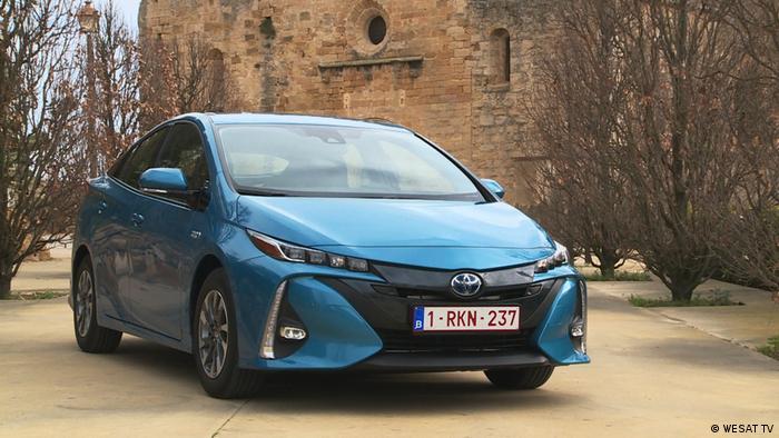 Toyota Prius Plug-In Hybrid (WESAT TV)