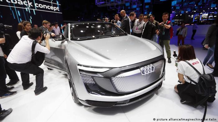 China Auto Shanghai 2017 | Audi e-tron Sportback Concept car