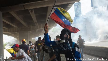 Protestos contra Maduro em Caracas