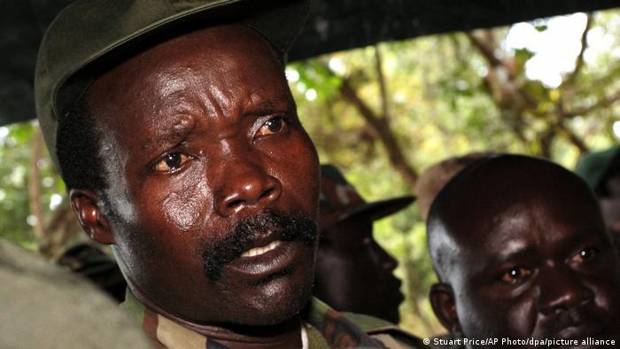 Sudan Joseph Kony mutmaßlicher Kriegsverbrecher und der Anführer der Lord's Resistance Army (picture alliance/dpa/AP Photo/S. Price)