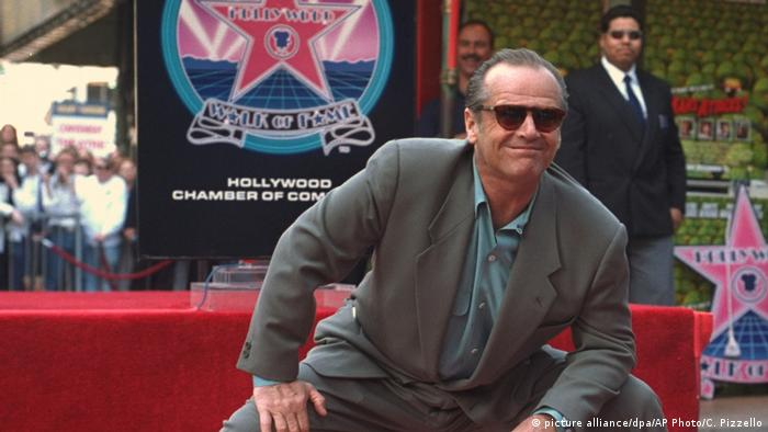 USA Jack Nicholson bei seinem Stern auf dem Hollywood Walk of Fame (picture alliance/dpa/AP Photo/C. Pizzello)