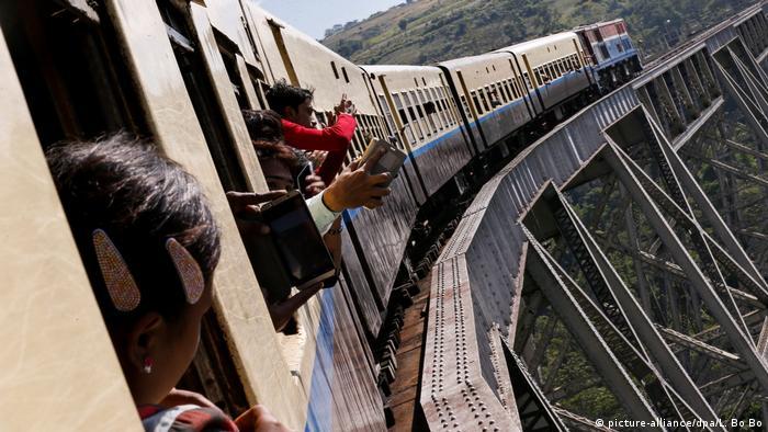 Myanmar Zug im Bundesland Shan
