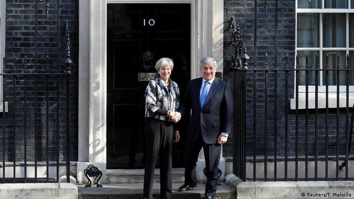 UK | Theresa May empfängt EU Parlaemtspräsident Antonio Tajani