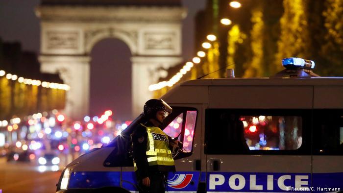 Frankreich | Schießerei auf der Champs Elysee Avenue (Reuters/C. Hartmann)